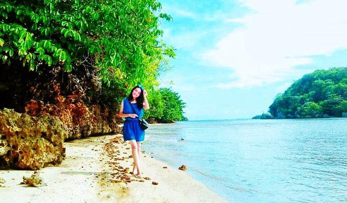 Keindahan Pantai Clungup Malang