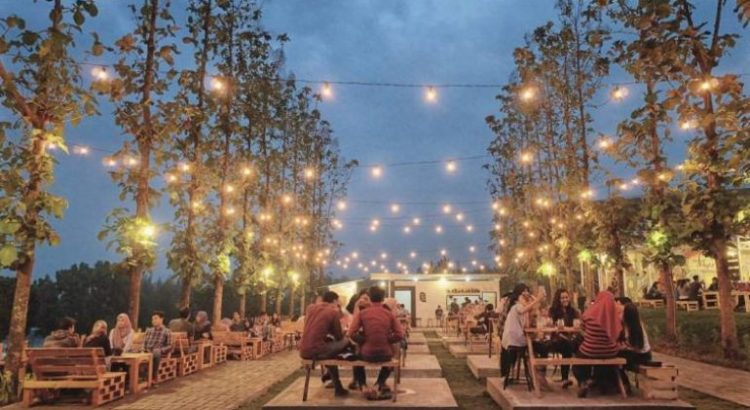 cafe romantis di malang