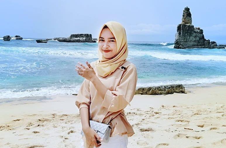 Pantai Buyutan - Pacitan